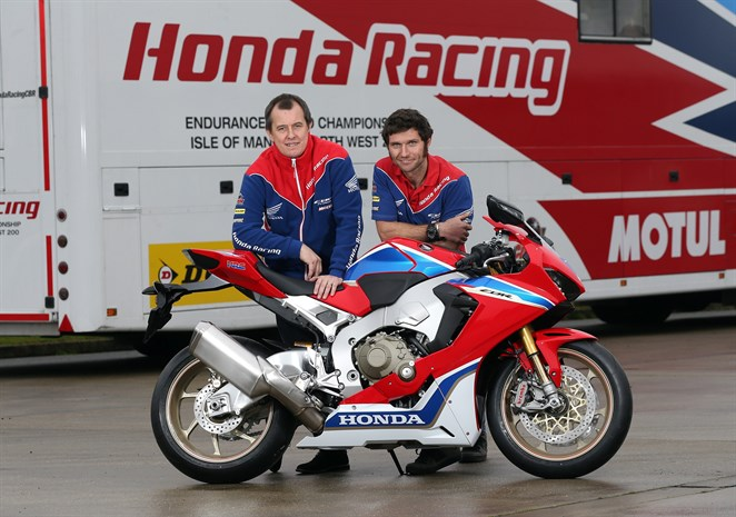 John McGuinness und Guy Martin komplettieren das Honda Racing Dream-Team